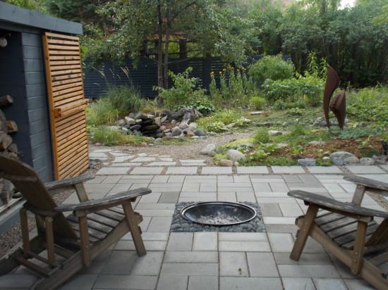 Joan Vorderbruggen's garden patio. All photos by  Joan Vorderbruggen